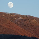 Alcune fasi Lunari al sorgere sulla Civita, Parco del Cosilinum