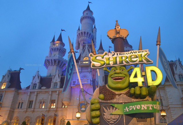 Must-Rides in Universal Studios Singapore shrek 4d ride
