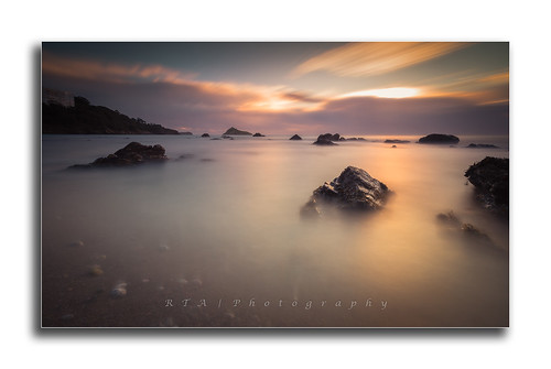 longexposure light nd1024 ndfilter 10stopnd rtaphotography meadfootbeach torquay rocks sea sunrise dawn clouds fullframe