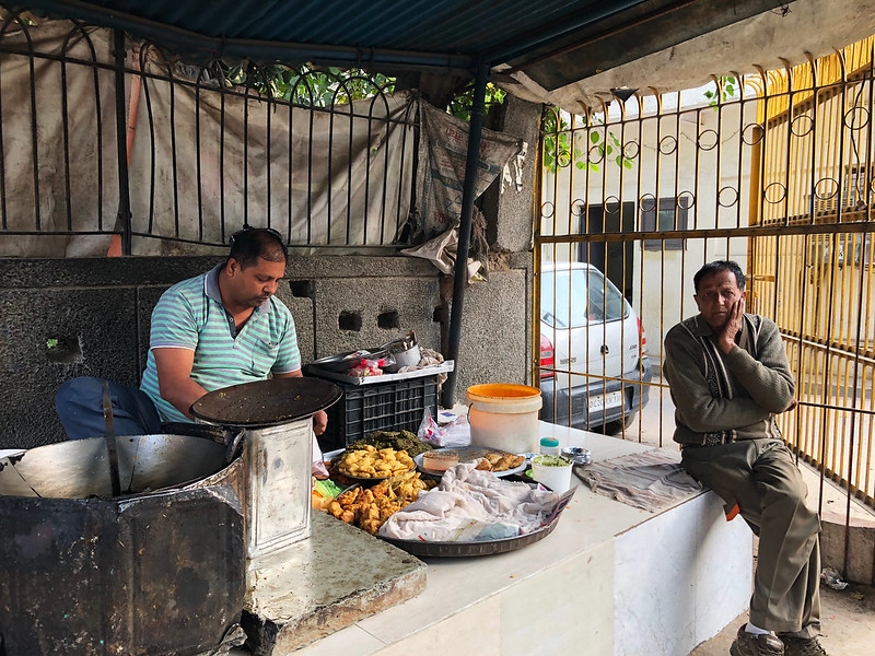 City Food - Gyan's Pakoras, Jangpura Extension