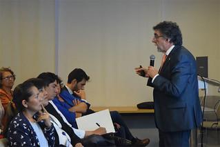 """Como parte de su compromiso con la promoción de la salud y el deporte, la Universidad San Ignacio de Loyola organizó la conferencia """"Importancia de la alimentación en el deporte"""", el pasado jueves 7 de diciembre."""
