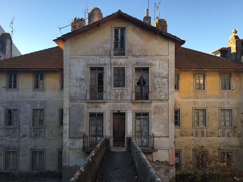 house in symmetry