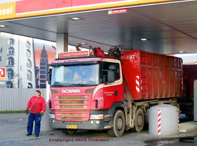 Driver his Scania G480, Nikon COOLPIX S6800