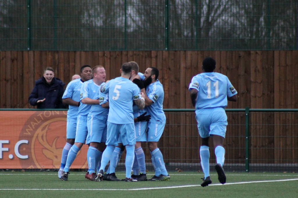 WCFC 2-1 MFC - 048 | Molesey players celebrate scoring an eq