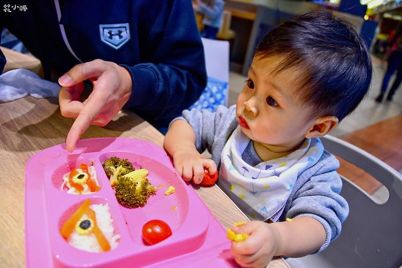 easymat餐盤防拔嬰兒餐具吸盤嬰兒餐具推薦嬰兒副食品餐具推薦EasyMat防滑矽膠餐盤 (30)
