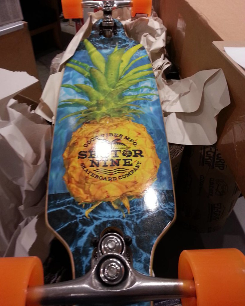 "Love da pineapple! Sector 9 mini Fractal 34"". #sector9 #pineapple #gullwingtrucks #sector9topshelf"