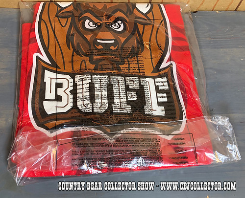 2017 Disney Fantasyland Football Buff Shirt - Country Bear Collector Show #131
