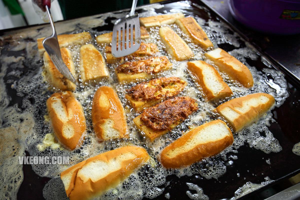 Seri-Erra-Roti-John-Frying-Bun