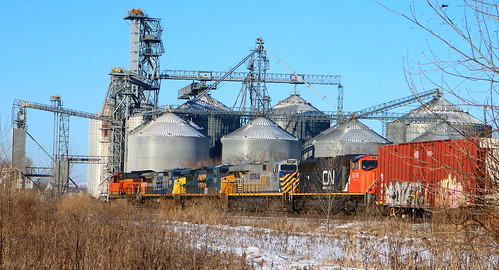 BNSF 3935, GECX 7356, 7387, CREX 1505, CN 5779, Co-op, Guhl, Readfiled, 6 Jan 18