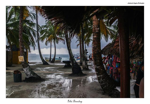 Isla Banedup -  Mar Caribe