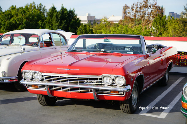 1965 Chevrolet Impala Convertible at Petersen Automotive Museum Breakfast Club Cruise-In