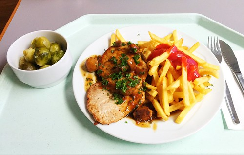 "Escalope chasseur with french fries / Schweineschnitzel ""Jäger Art"" mit Pommes Frites"