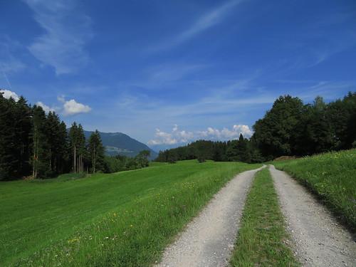 20170615 05 065 Jakobus Wolken Berge Wald Wiese Weg