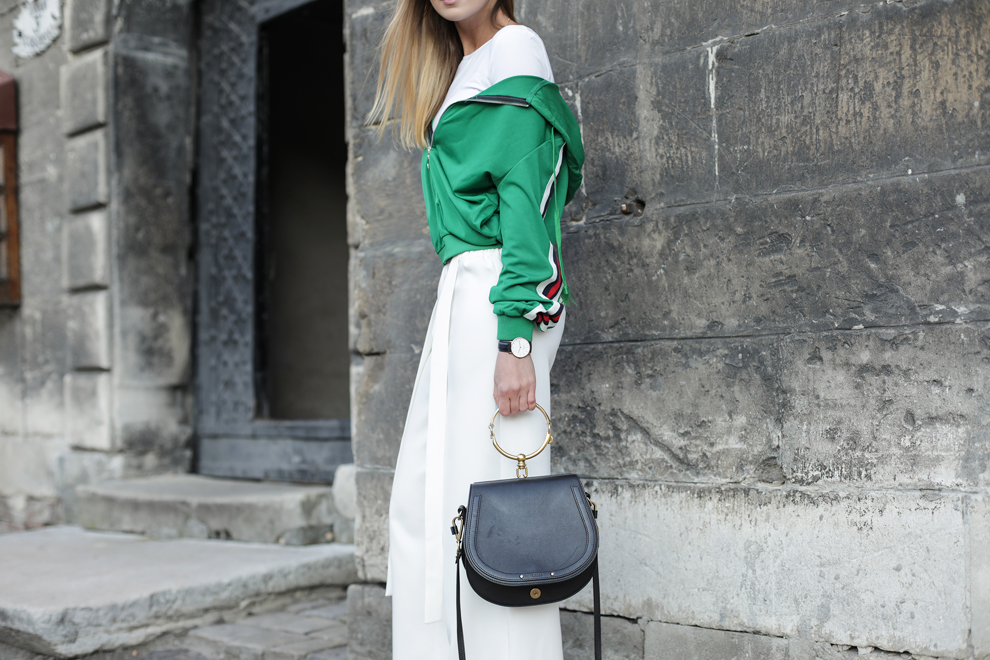 green-and-white-street-style-outfit copy