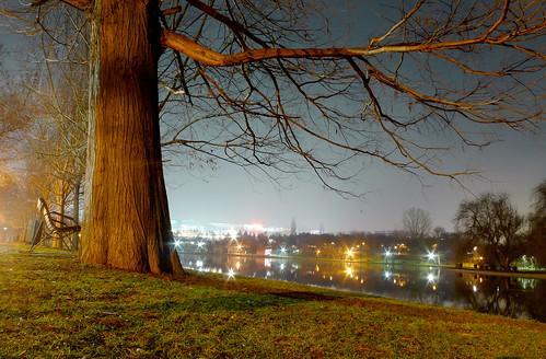 night bucharest românia sector3 ior titan parc lake noapte 60sec bucurești