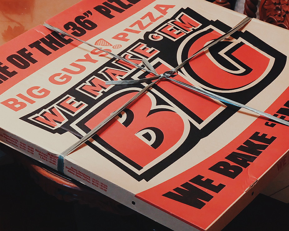 BIg Guys Pizza Review