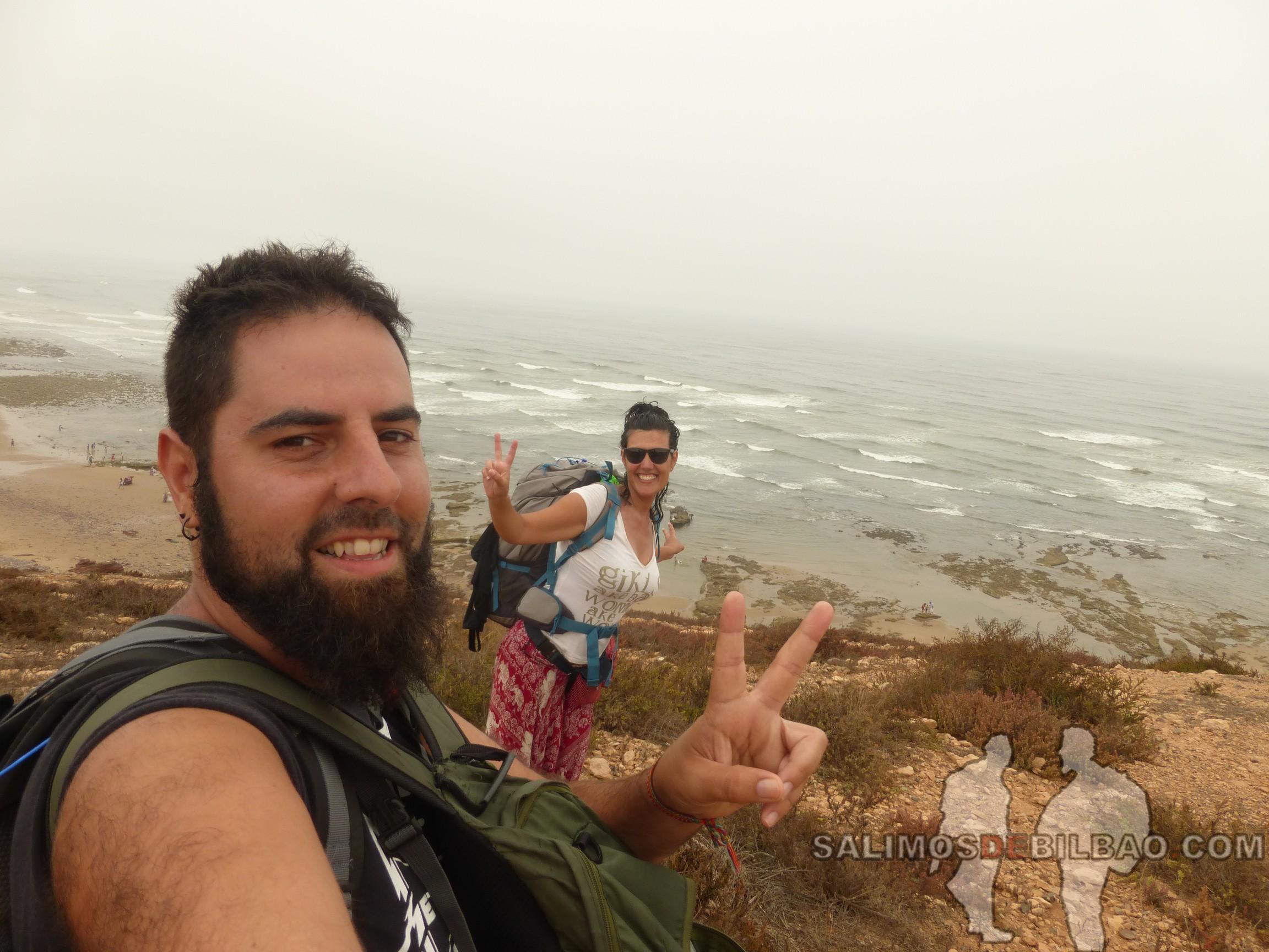 338. Katz y Saioa, Sidi Ifni, Camino de Sidi Ifni a Legzira