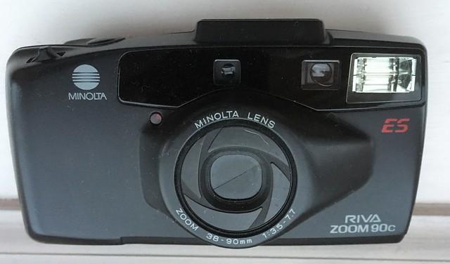 Minolta Riva Zoom 90c