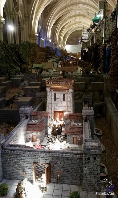 El Regimiento de Transmisiones nº 22 de Burgos monta el Belén 7