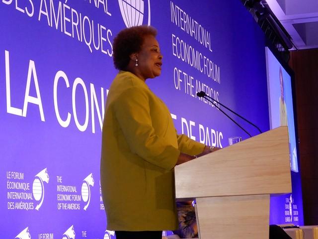17.12.Secretária Executiva na 1ª Conferência de Paris do FEIA
