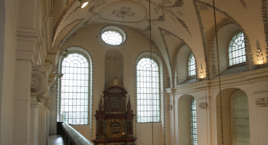 De Joodse wijk van Praag: Klausen Synagoge | Mooistestedentrips.nl