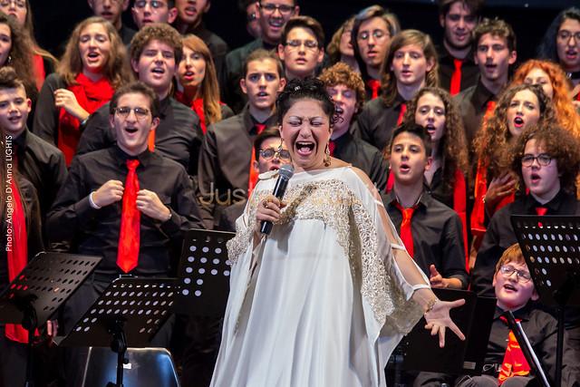 2017 Tyna Maria con il Coro d'Istituto Liceo Classico e Musicale G. Palmieri - Lecce