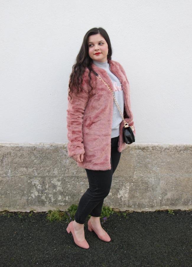 comment_porter_fausse_fourrure_couleur_conseils_blog_mode_la_rochelle_2