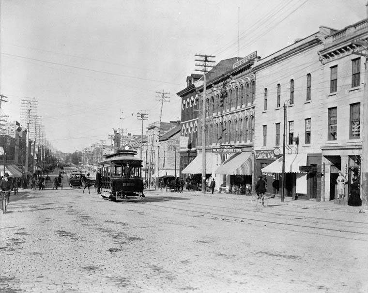 Ottawa Electric Railway streetcar on Rideau Street (looking east, ca.1898)
