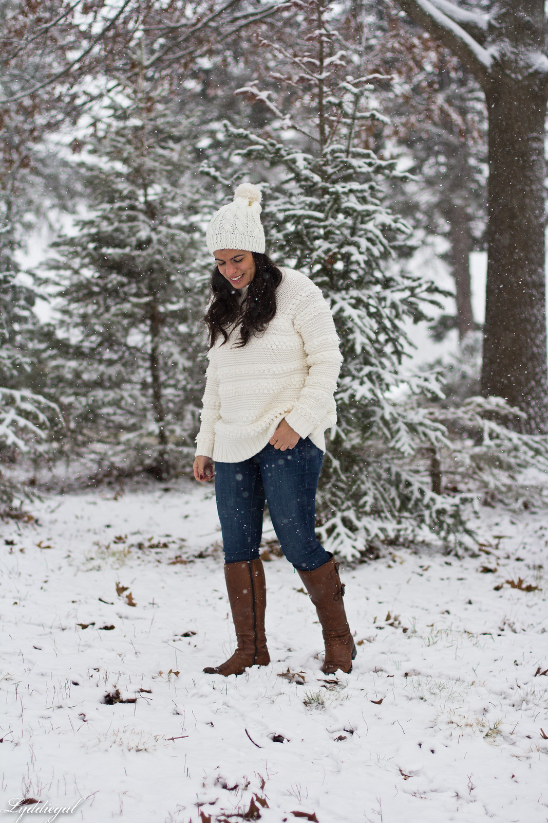 CT Fashion blogger wearing a loft white sweater, brown leather boots, pom pom hat, tree hunt outfit-12.jpg
