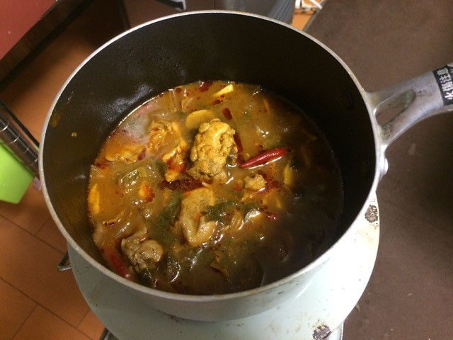 Chicken curry made from a pot of curry