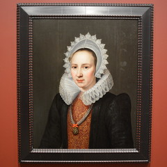 St Petersburg, FL - Museum of Fine Arts - Portrait of a Lady - Michiel van Mierevelt, Dutch, 1615