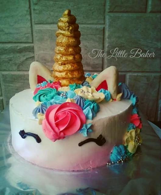 Cake by Mansi Udeshi of The Little Baker