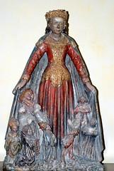 Vierge au manteau - Saulieu (21)