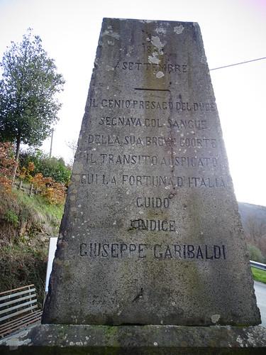 Cippo in Memoria di  Carlo Pisacane,