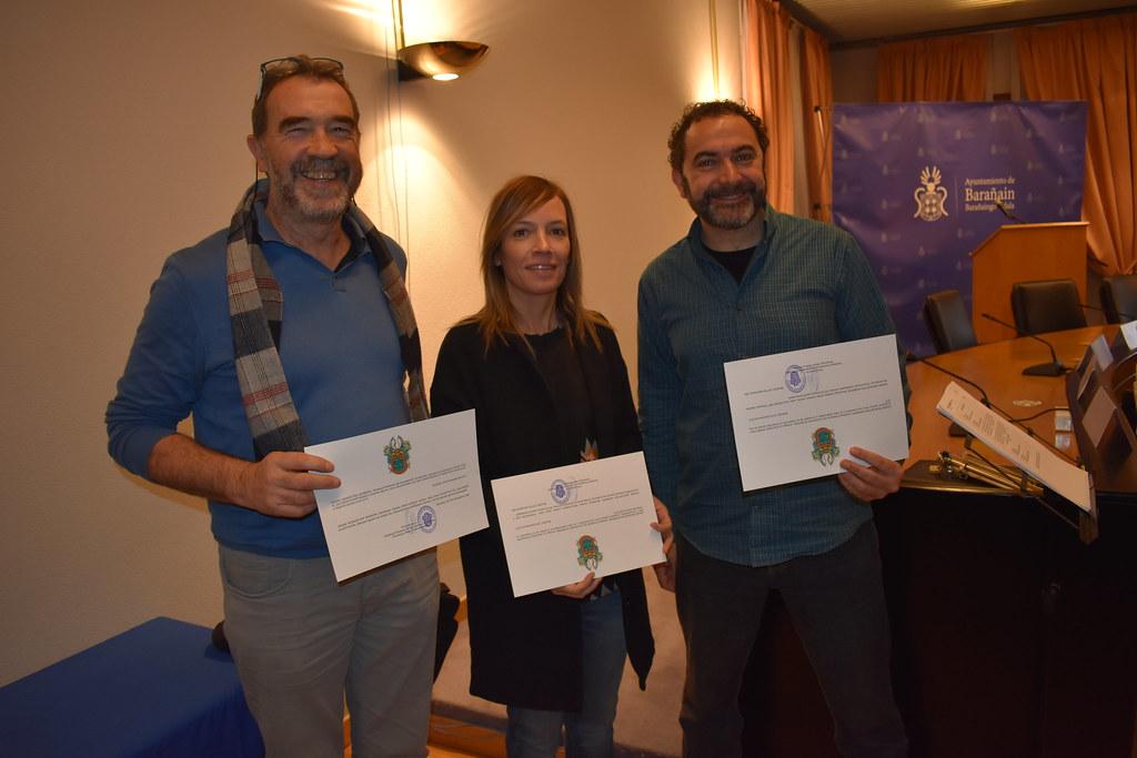 2017-12-26---Distinción a Fundación Mundubat en Ayuntamiento de Barañain, Navarra