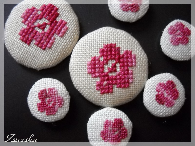 message boards, cross stitch, little flowers, magnets