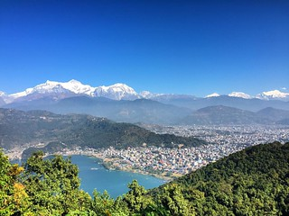 #pokharalake #pokhara #valley #himalayas #photonepal #fewalake #mountains #landscape #photography #crowded #beauty #travel #bluesky #nature #bluesky
