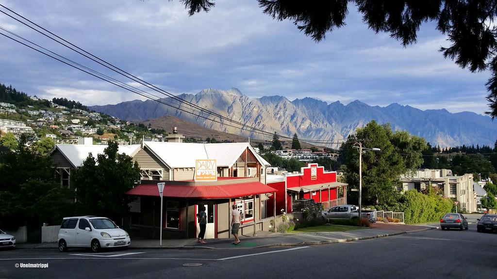 Matkalla leirintäalueelta keskustaan, Queenstown, Uusi-Seelanti