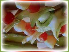Averrhoa carambola (Star Fruit, Starfruit Carambola, Caramba, Country Gooseberry, Belimbing Manis in Malay) and other fruits in a skewer, 29 Dec 2017
