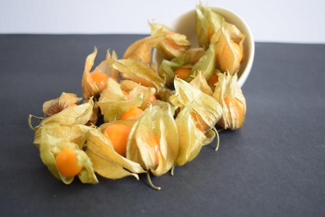 Physalis peruviana uchuva, uvilla, aguaymanto, alquequenje peruano, capulí, poga poga, tomate silvestre o tomatillo,
