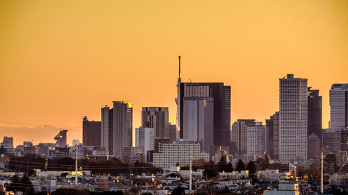 tokyo japan skyscrapers tokyoskytree yellow morning sunrise shinjuku fujifilmxt2