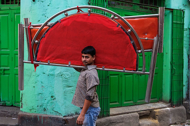 Red and green - Kolkata, India