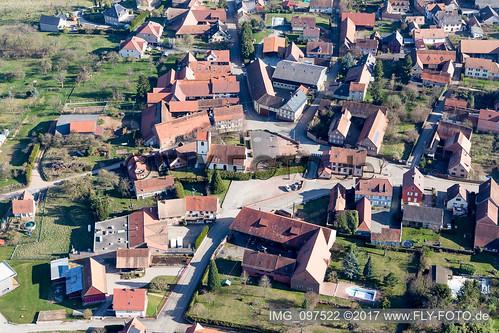 Ettendorf (0.78 km West) - IMG_097522
