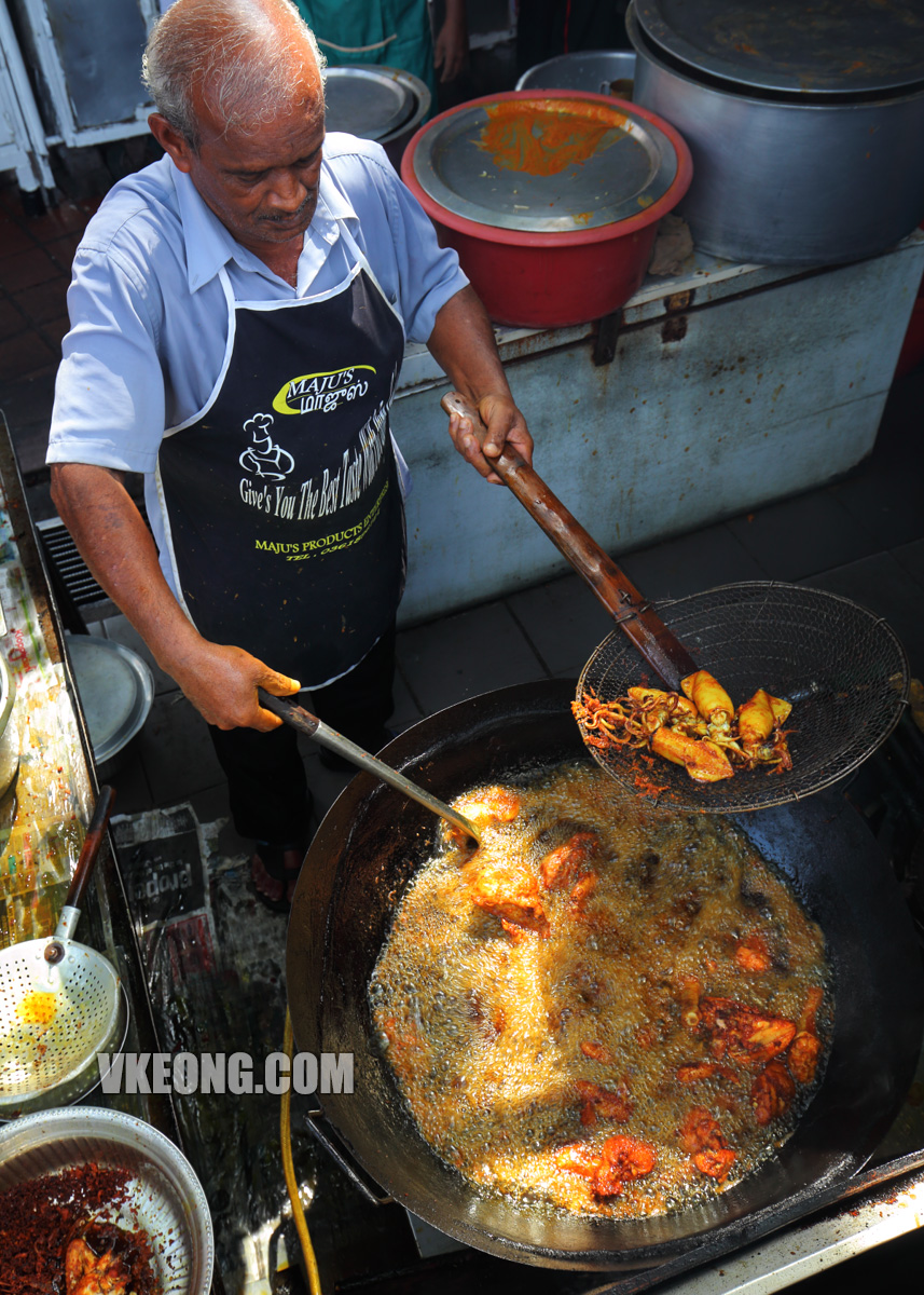 Bangsar-Fish-Head-Corner-Frying-Chicken