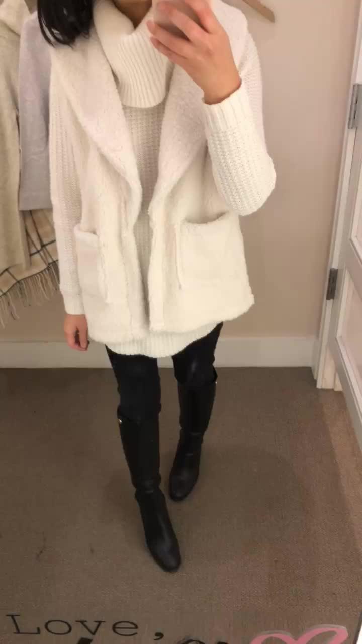LOFT Faux Sherpa Vest, size XS regular