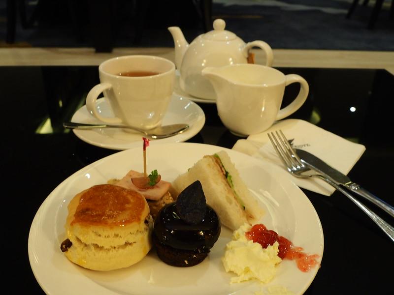 JW lounge teatime