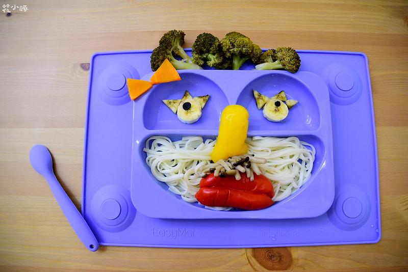easymat餐盤防拔嬰兒餐具吸盤嬰兒餐具推薦嬰兒副食品餐具推薦EasyMat防滑矽膠餐盤 (10)