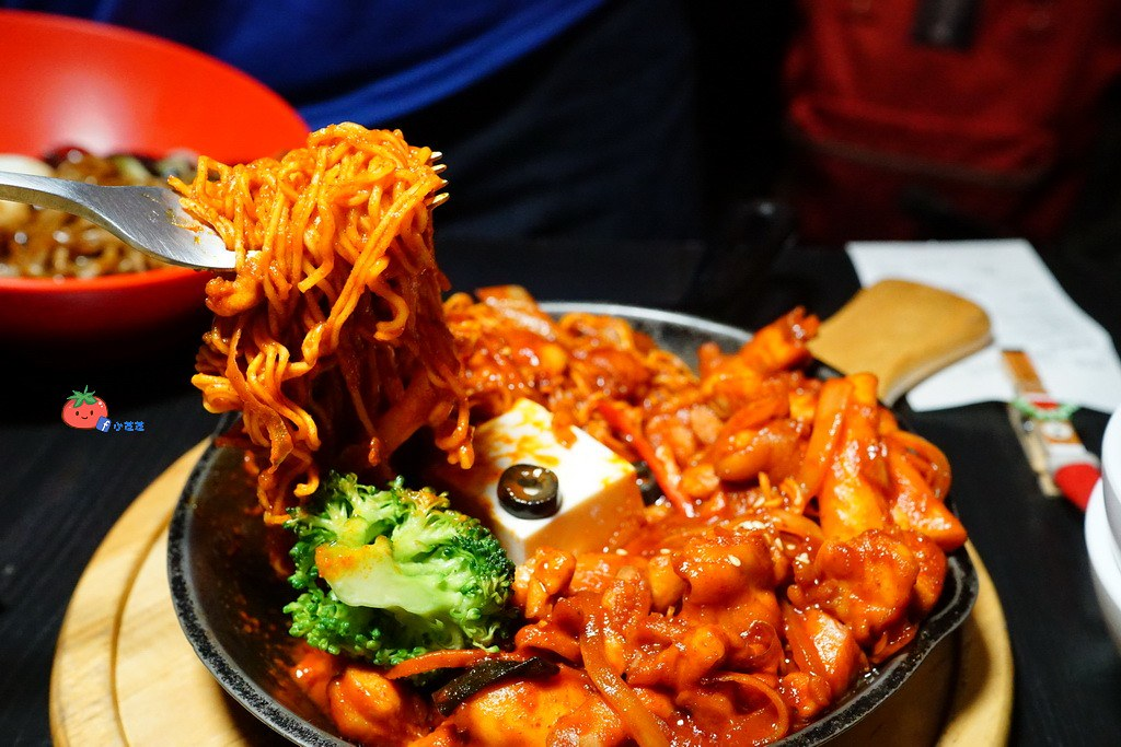 CHIMAC175 台北東區 斧山炸雞