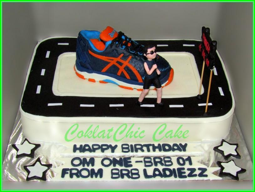 Cake sepatu Lari Asics OM ONE 24x30cm