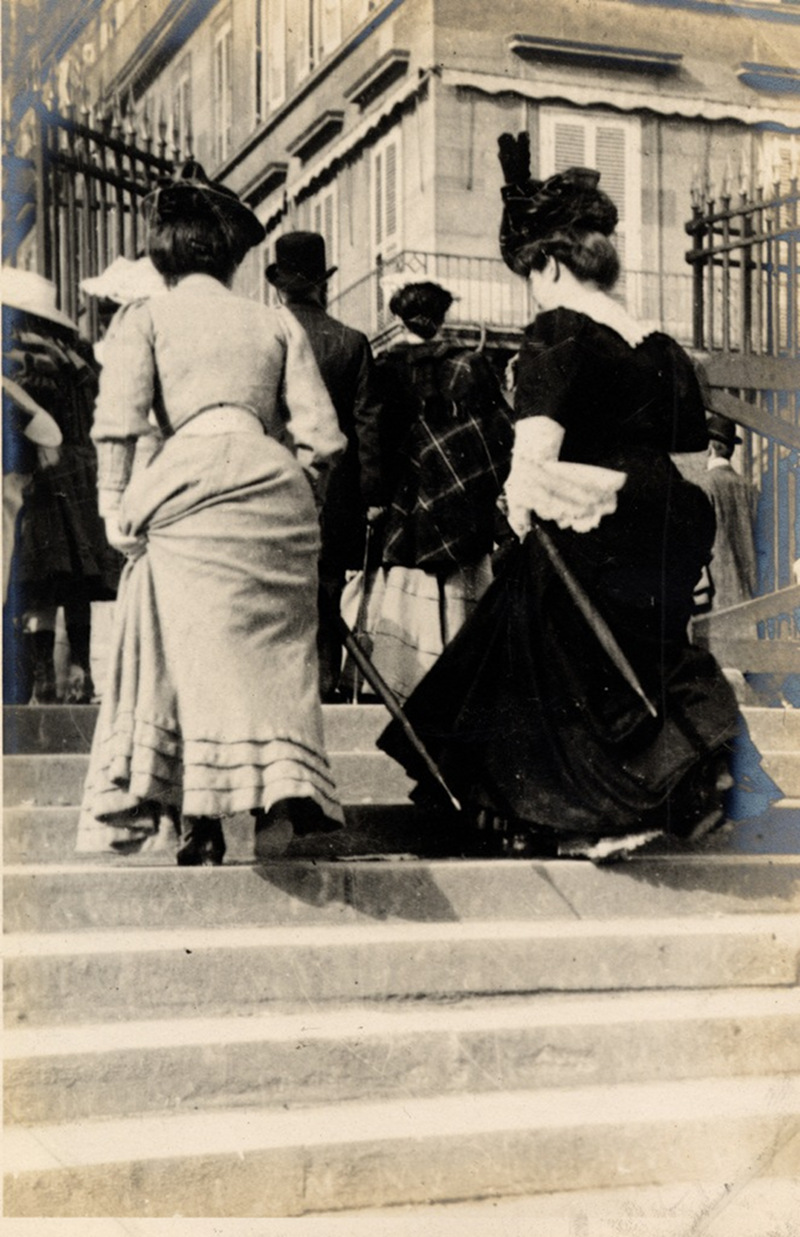 Two ladies climb the steps to Rue de Rivoli, Paris, 1906